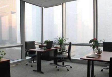 (出租) 塘山广场纯写字楼,装修有家具,适合初创业,能出公司