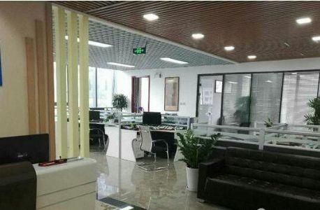 时间广场170平只租45办公安静环境好精装带家具
